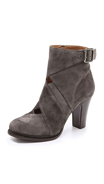 Chie Mihara Shoes Bebeto Cutout Booties
