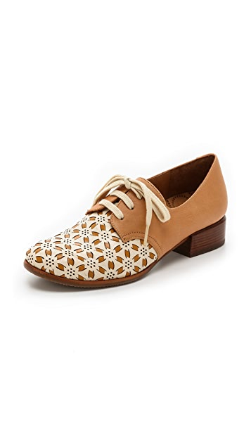 Chie Mihara Shoes Zamura Oxfords