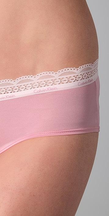 Calvin Klein Underwear Lace & Sheen Hipster