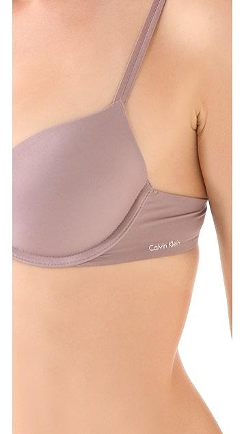 Calvin Klein Underwear New Tailored Basic Push Up Bra