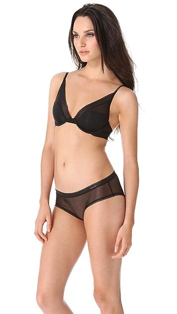 Calvin Klein Underwear Launch Lightly Lined Plunge Bra