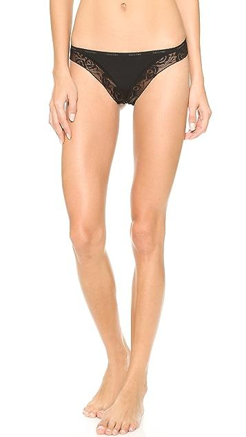 Calvin Klein Underwear Modern Signature Thong