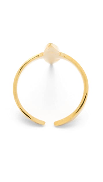 Campbell Claw Ring