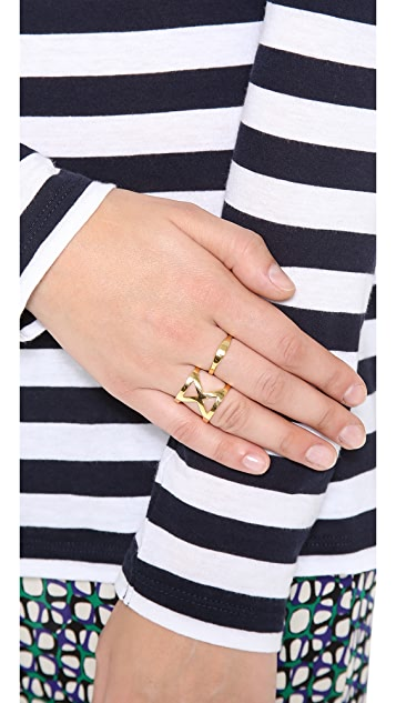 Campbell Hold Me Tight Ring