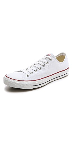 Converse - Chuck Taylor Sneakers