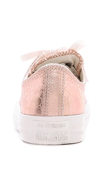 Converse Low Top Ox Sneakers