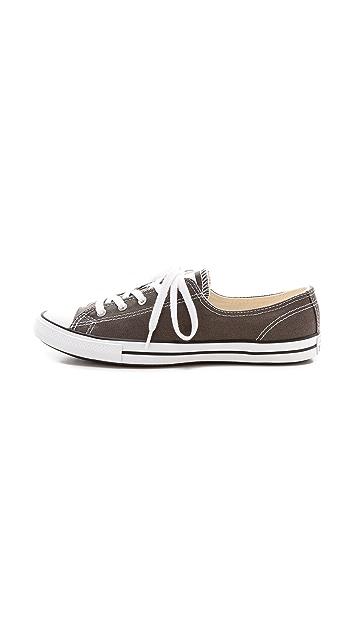 Converse Fancy Low Top Sneakers