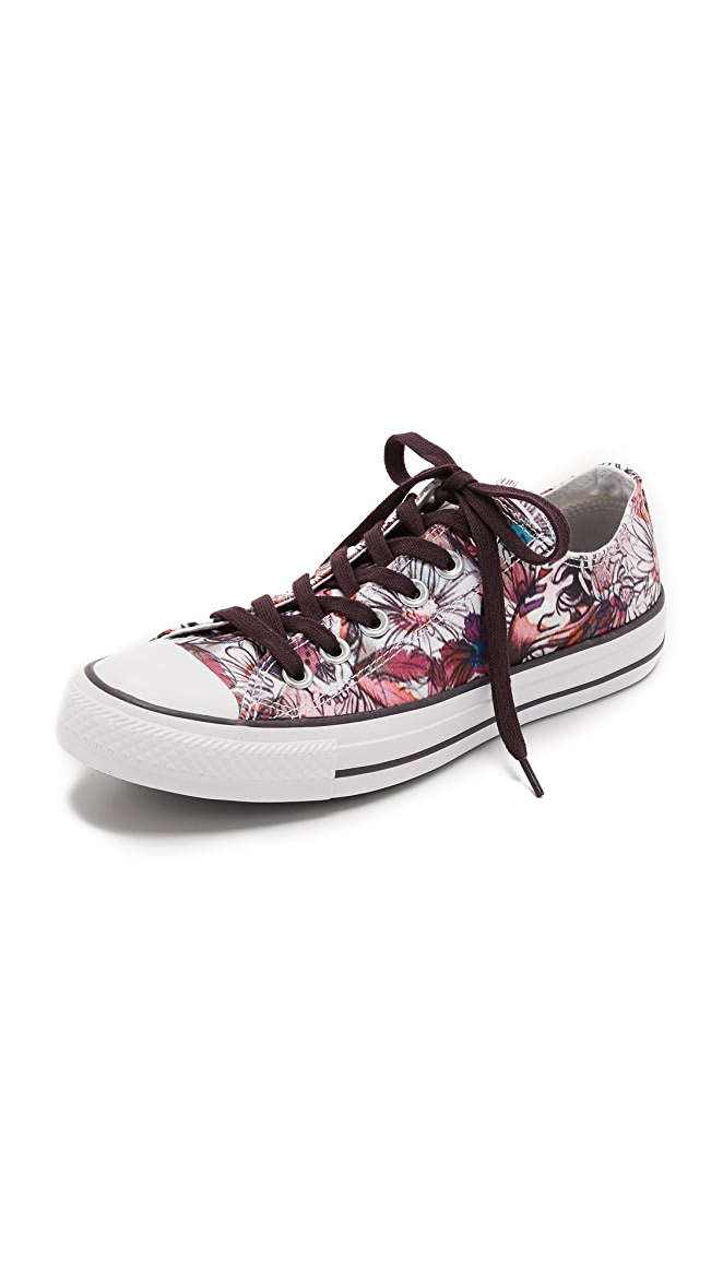 e95a5f4678d2ae Converse Chuck Taylor All Star Sneakers