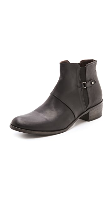 Coclico Shoes Ursula Low Heel Booties