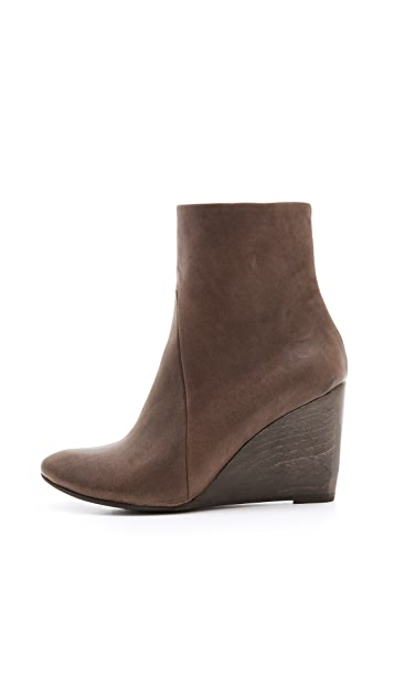 Coclico Shoes Jo Wedge Booties