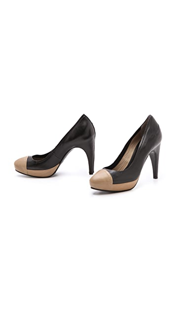 CoSTUME NATIONAL Corinne Platform Pumps