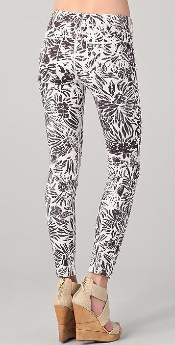 Diane von Furstenberg DVF Loves Current / Elliott Classic Skinny Jeans