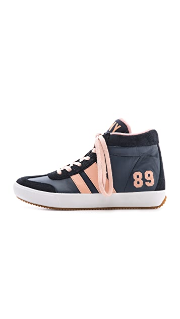 DKNY Kooper High Top Sneaker