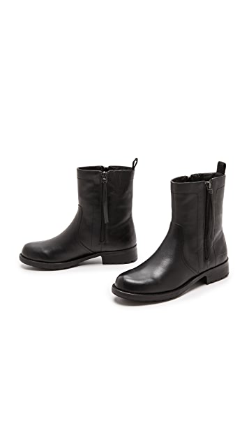 DKNY Naoishe Faux Fur Lined Booties