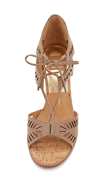 Dolce Vita Linsey Embossed Wedges