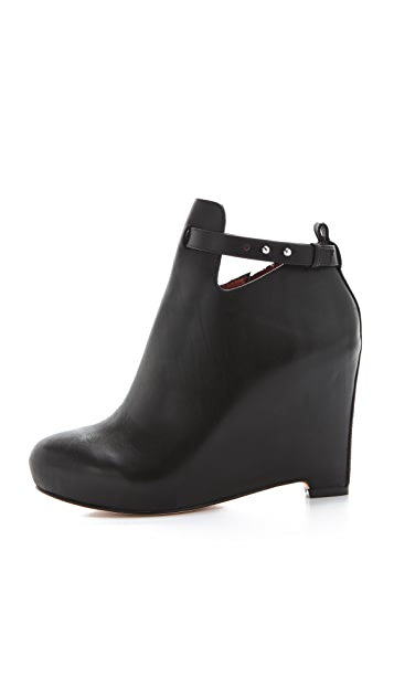 Elizabeth and James Peri Wedge Booties