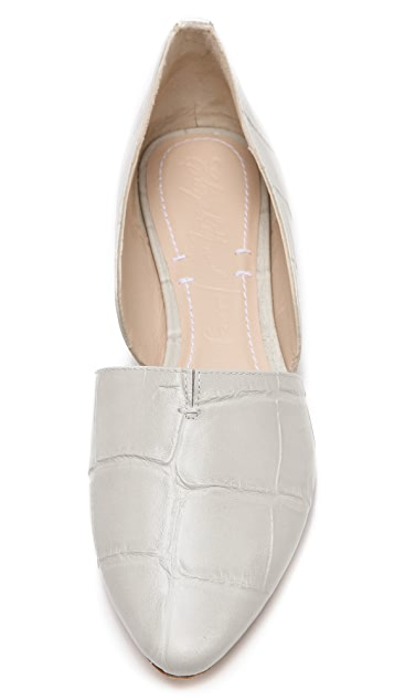 Elizabeth and James Merri d'Orsay Flats