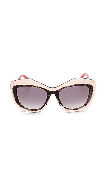Fendi Statement Sunglasses