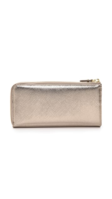 Salvatore Ferragamo Miss Vara Bow Zip Continental Wallet