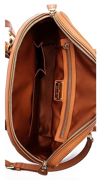 Salvatore Ferragamo Fiamma Shoulder Bag