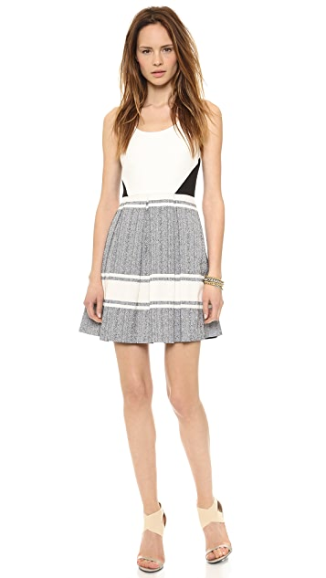 4.collective Scoop Neck Pleated Flirty Dress