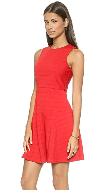 4.collective Sleeveless Pintuck Dress