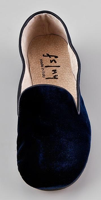 FRENCH SOLE fs/ny Drama Velvet Flats