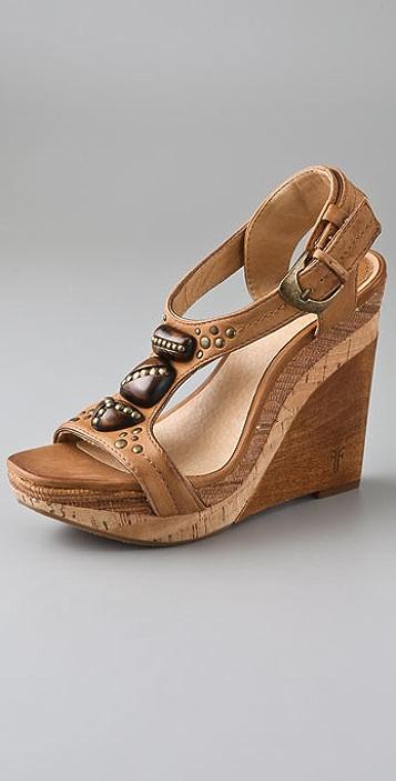 3c5aedc2e3e Frye Bridget Ornament T Strap Sandals