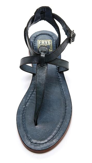 Frye Carson T Strap Sandals