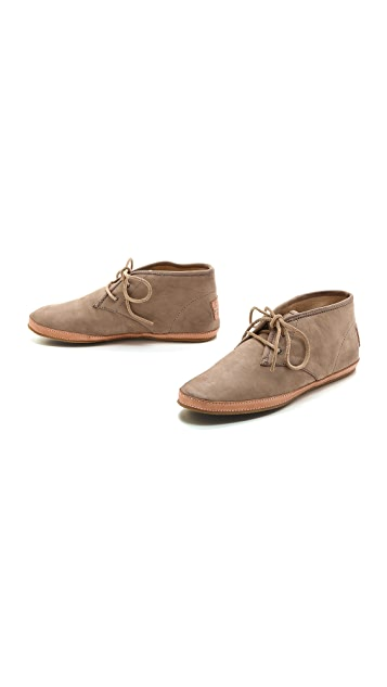 Frye Tegan Chukka Booties