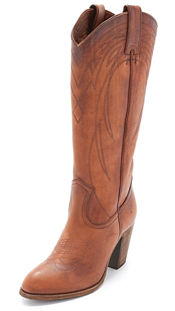 Frye Ilana Pull On Boots