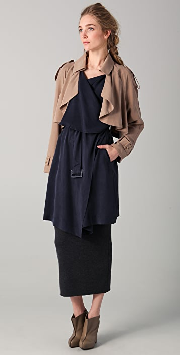 Funktional Contrast Drape Trench