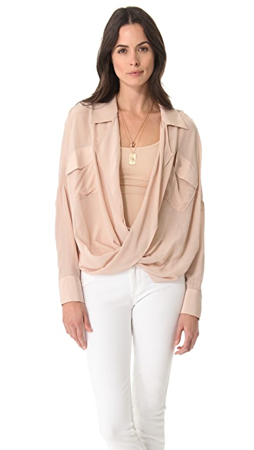 Funktional Silk Fold Front Top