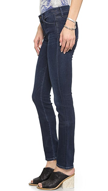 GOLDSIGN Misfit Straight Leg Jeans