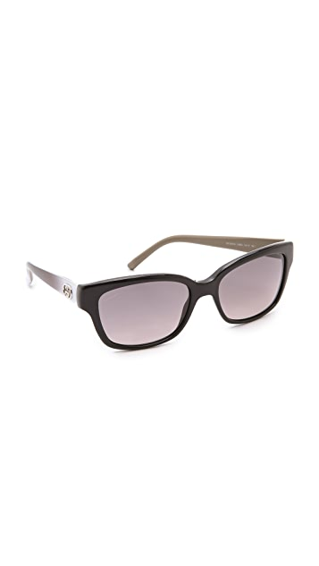a7611e7e85e Gucci Small Sunglasses