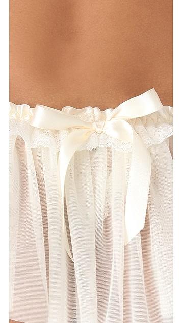 Hanky Panky Peek A Boo Lace Veil Thong