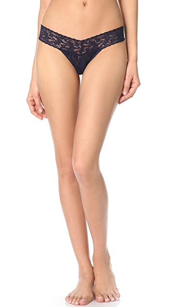 Hanky Panky Signature Lace 5 Petite Low Rise Thongs