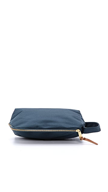 Herschel Supply Co. Royal Travel Kit