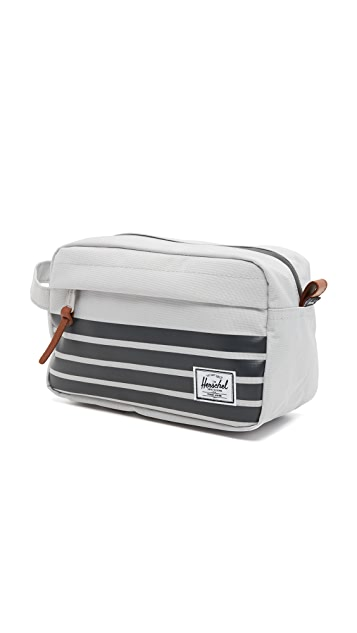 Herschel Supply Co. Offset Chapter Travel Kit