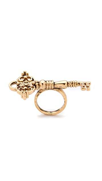 House of Harlow 1960 Key Cocktail Ring
