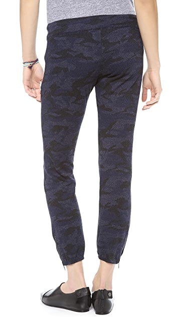 MONROW Camo Zipper Sweats