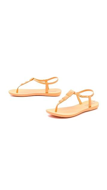 Ipanema Maya Studded Sandals