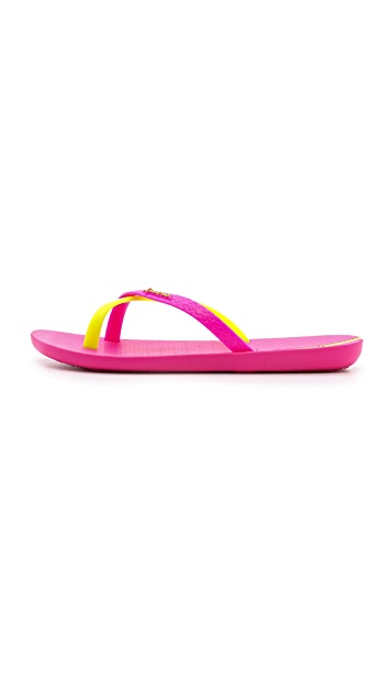 Ipanema Neo Mix Thong Sandals