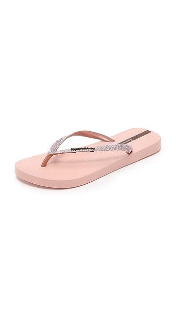 538d665f3d7e97 Ipanema Glitter II Flip Flops