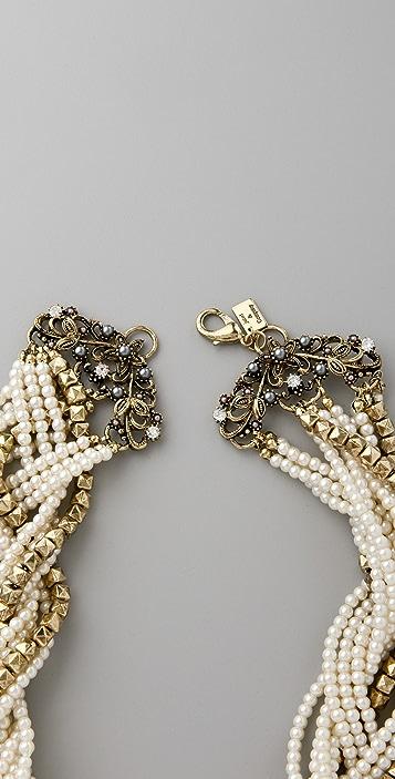 Juliet & Company Dos Papillon Necklace