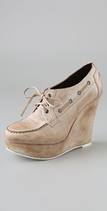 Joe's Jeans Upbeat Boat Wedges