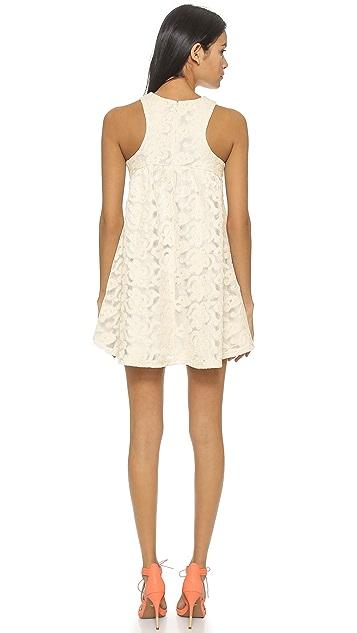 J.O.A. Кружевное платье Tented