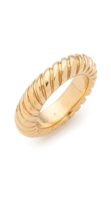 Kelly Wearstler Clawed Link Ring