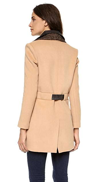 LAVEER Spy Coat