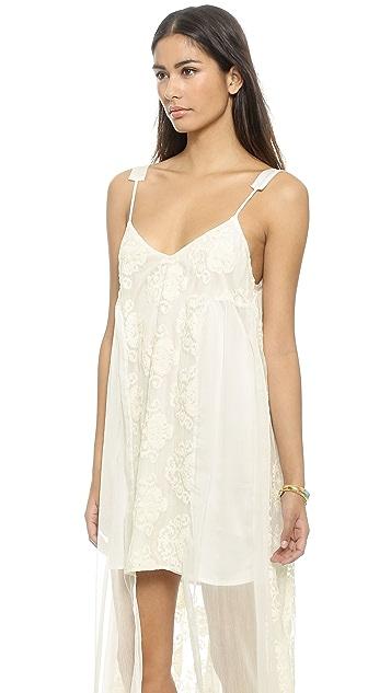 Line & Dot Infinite Maxi Dress
